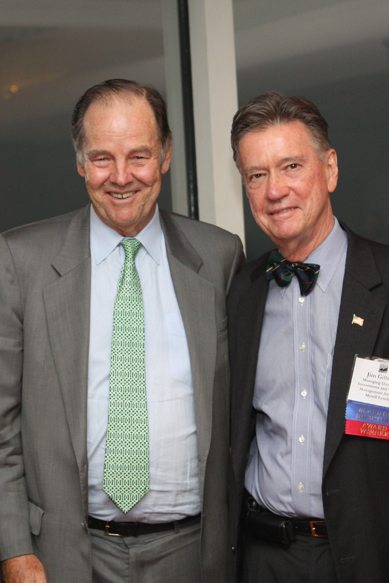Former Governor Tom Kean attended the Smart Growth Awards to honor James G. Gilbert and present remarks on the importance of state planning.
