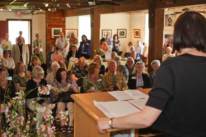 Executive Director Margaret O'Gorman addresses 2012 Women & Wildlife Award attendees